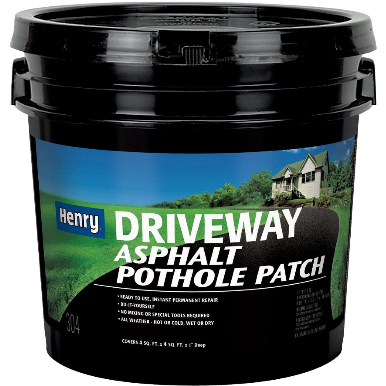 Henry 11 Lb. Asphalt Driveway Pothole Patch Image 1